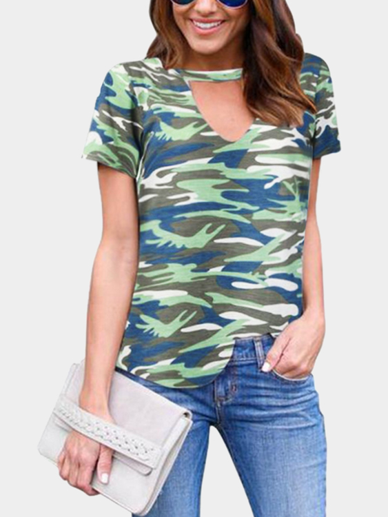 Green Cut Out Camouflage Round Neck Short Sleeves T-shirt green cut out camouflage round neck long sleeves t shirts