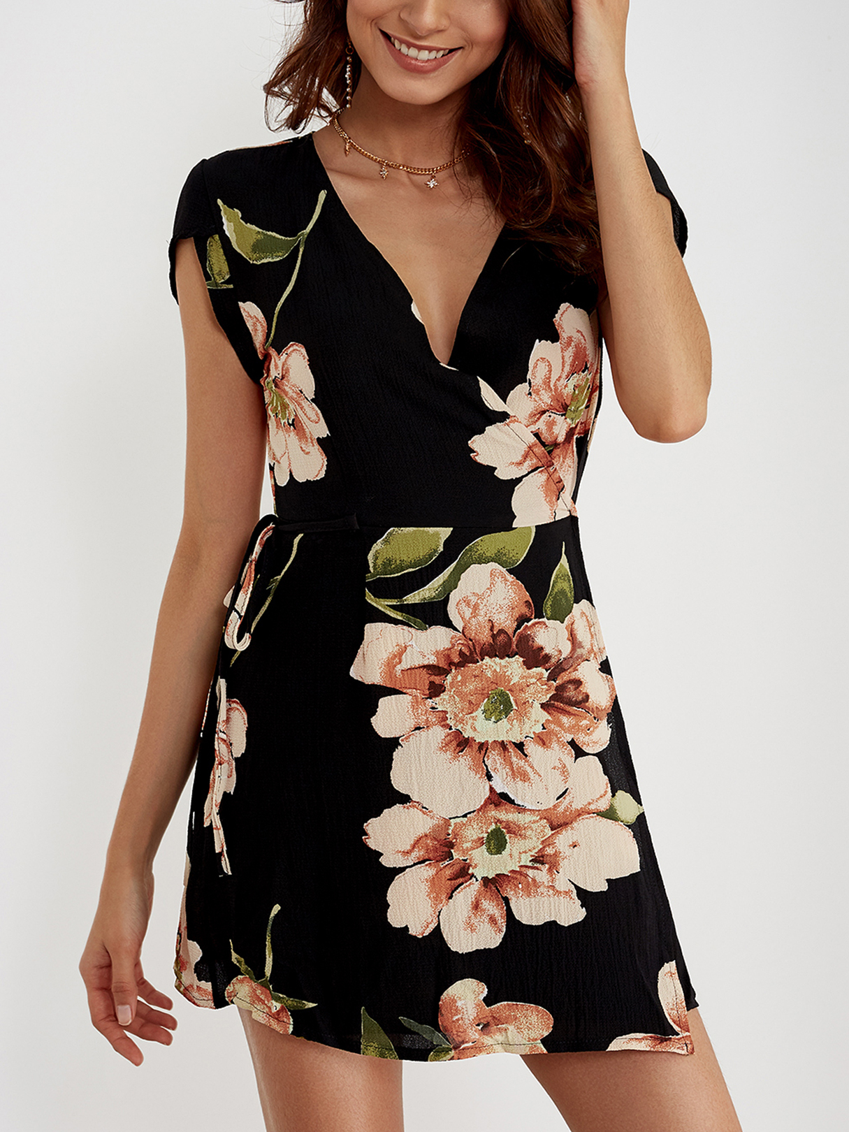 все цены на V-neck Random Floral Print Self-tie Dress онлайн