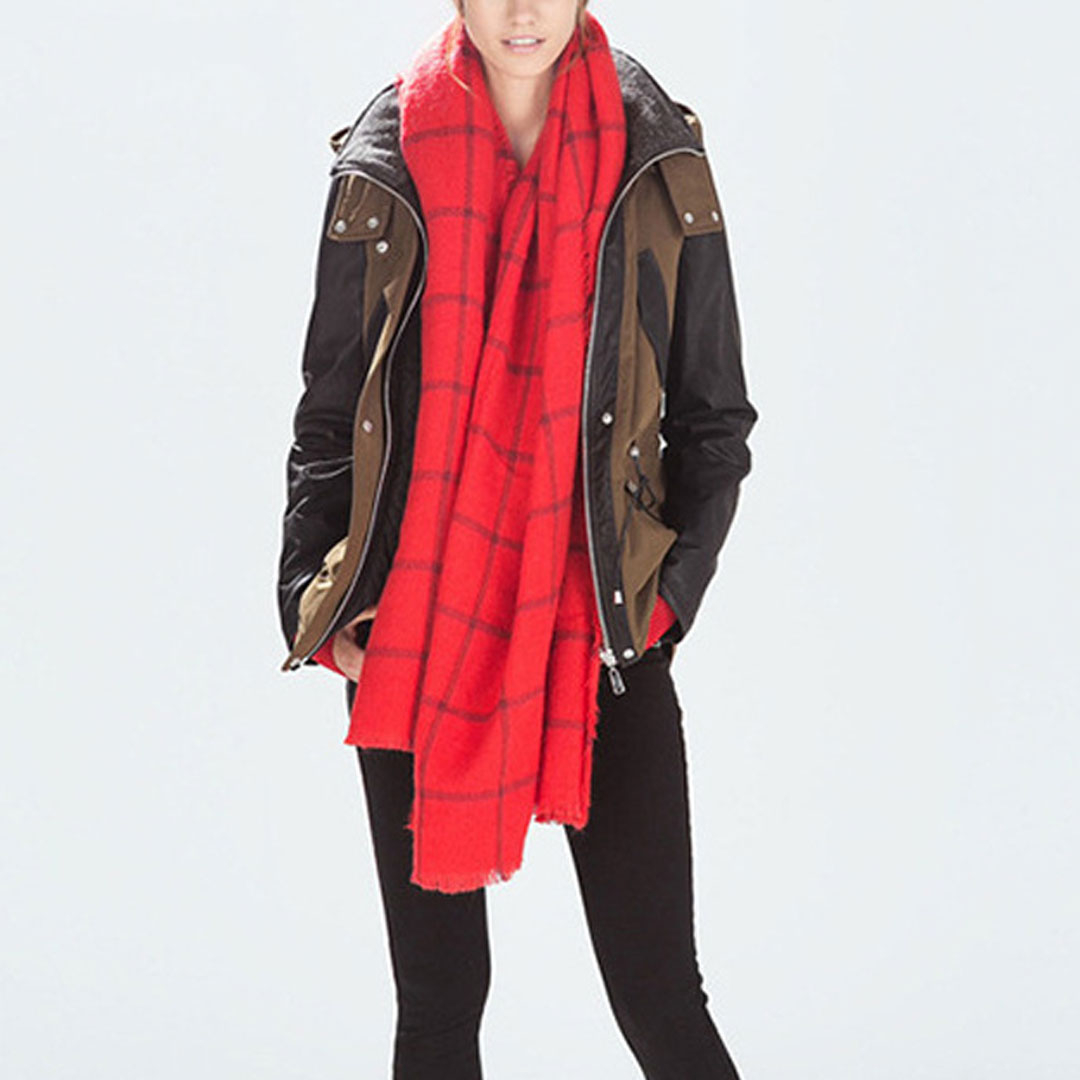 Red Check Fringed Jacquard Scarf
