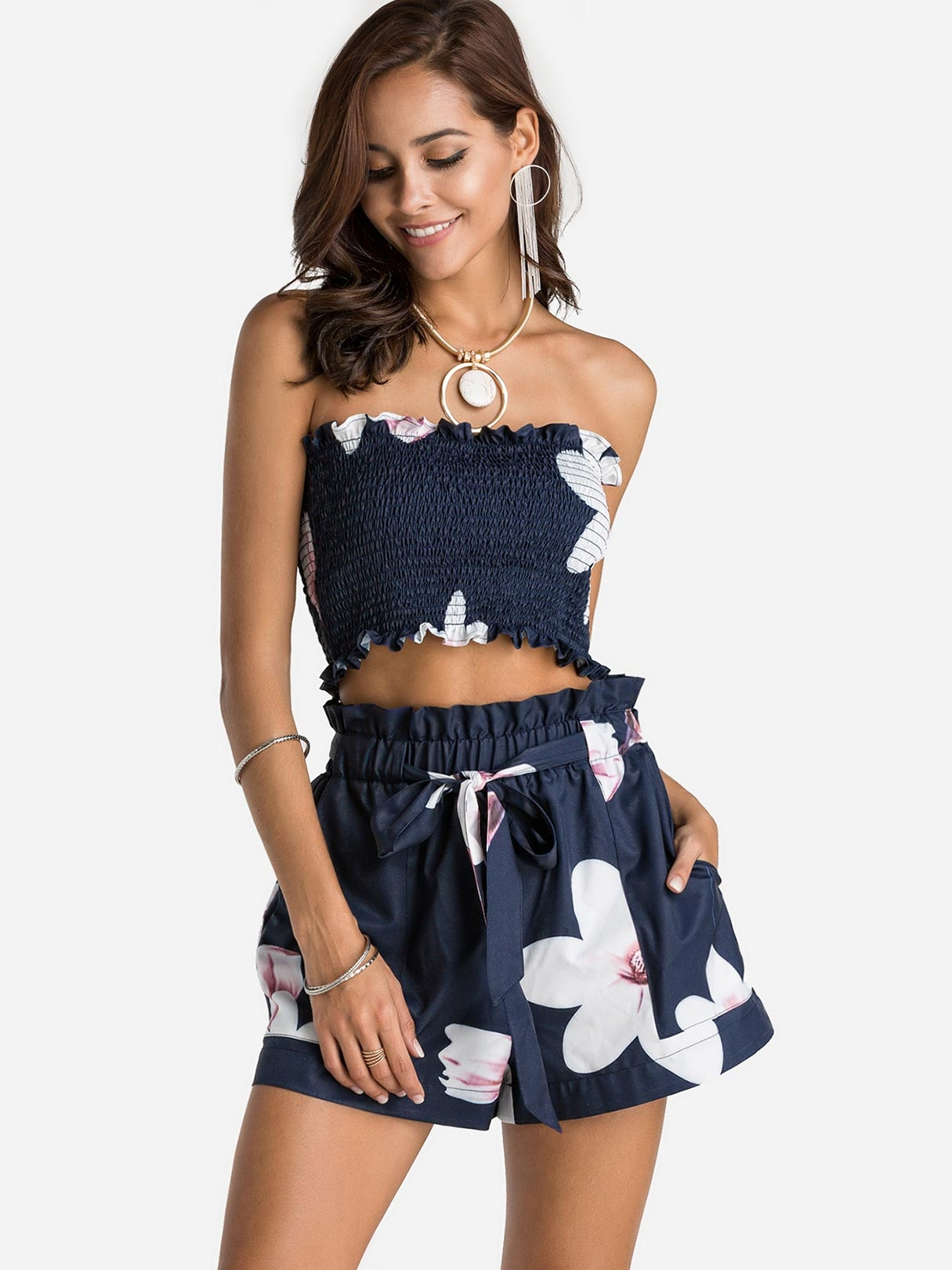 Navy Off Shoulder Floral Print Crop Top & Shorts Two Piece Set anchor hocking 6 piece trueseal food storage set with green true seal airtight lid set of 3