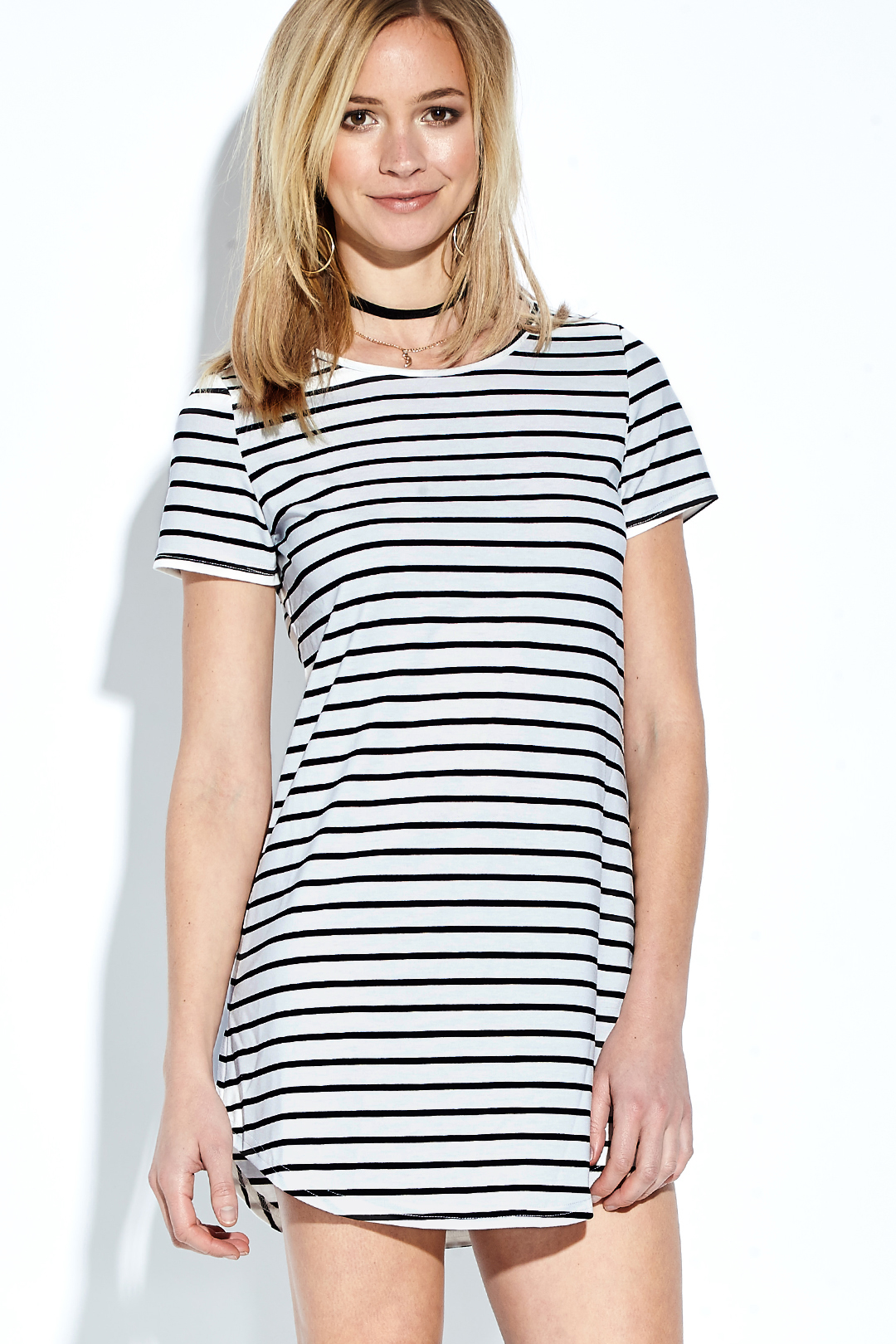 Casual Round Neck Short Sleeves Curved Hem Striped Mini Dress striped side curved dip hem shirt dress