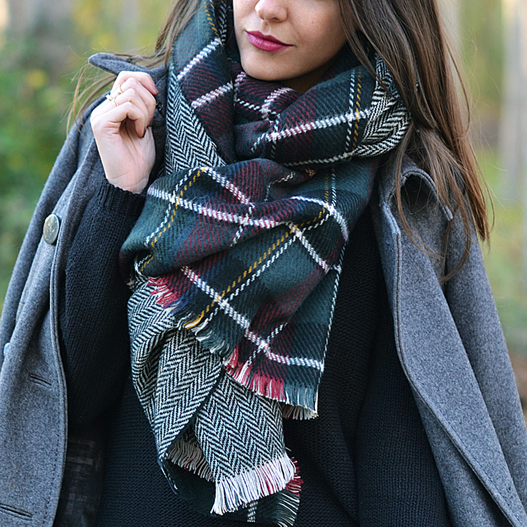 Green Wrap Scarf in Check Pattern