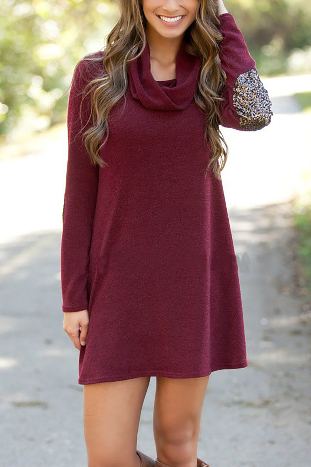 Loose Fit Hollow Dress with Long Sleeves