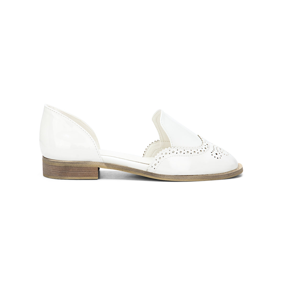 White Leather Look Round Toe Carving Slip-on Separate Shoes