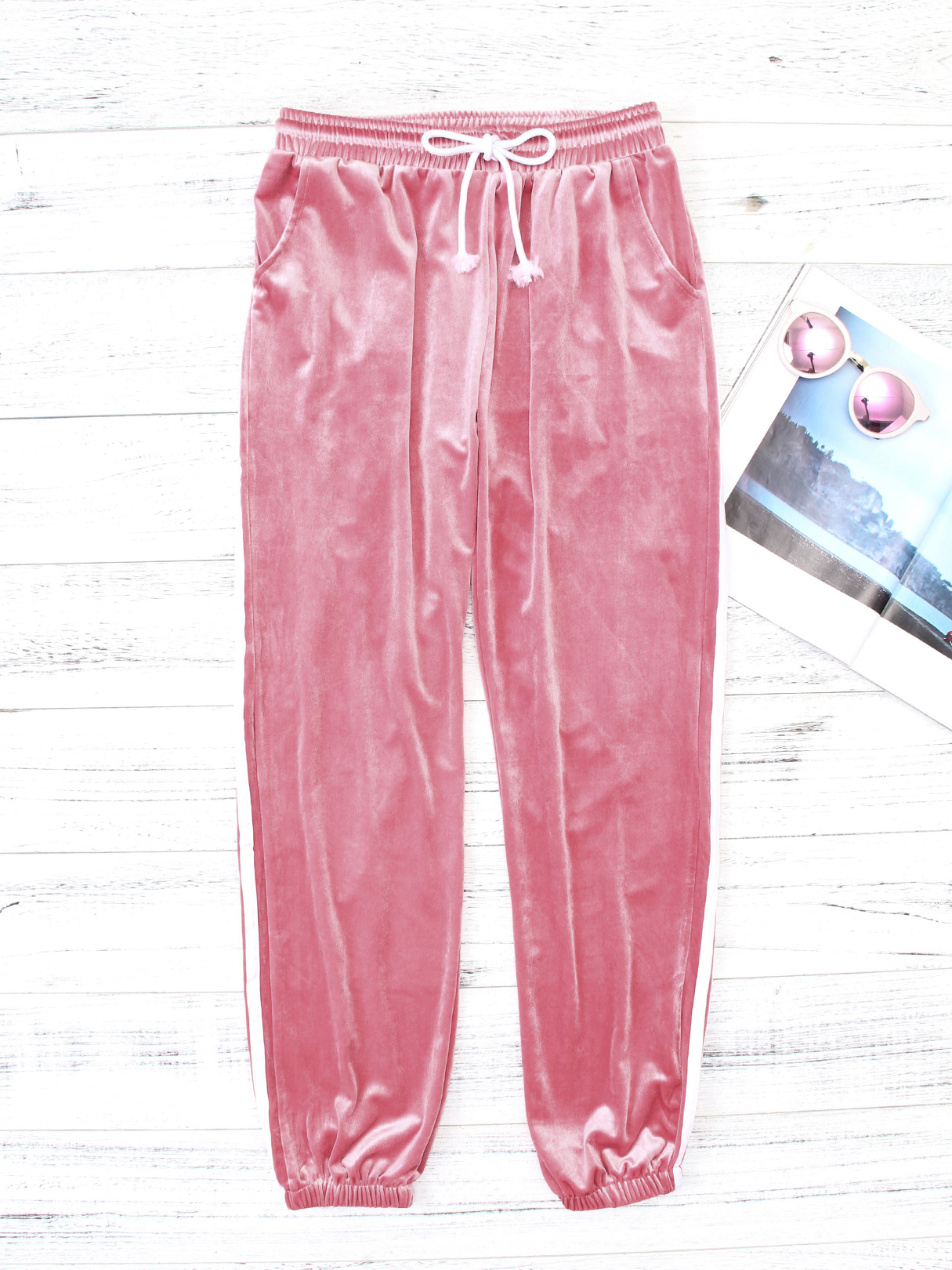 Active Contraste Color High Waisted Velvet Pants in Pink