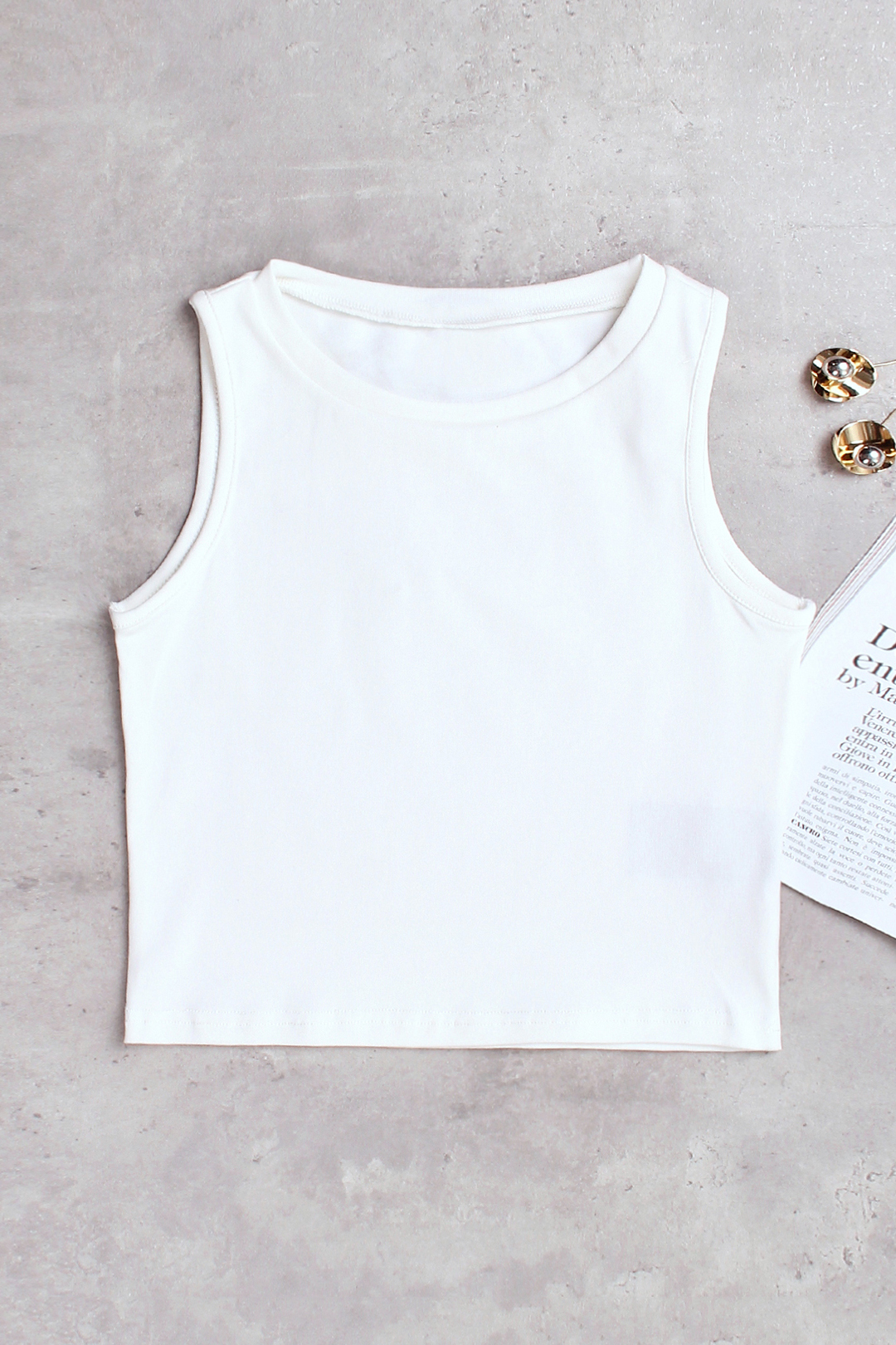Active Cut Out Round Neck Quick Drying Elastic Vest in White active v neck cut out vest in white
