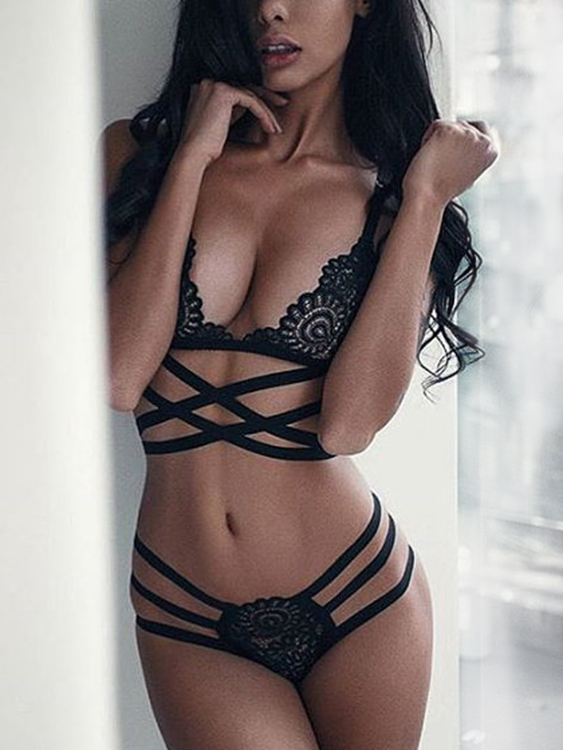 Sexy Black Lace Detail Criss-cross Lingerie Set sexy lace details lingerie set with no falsies in black