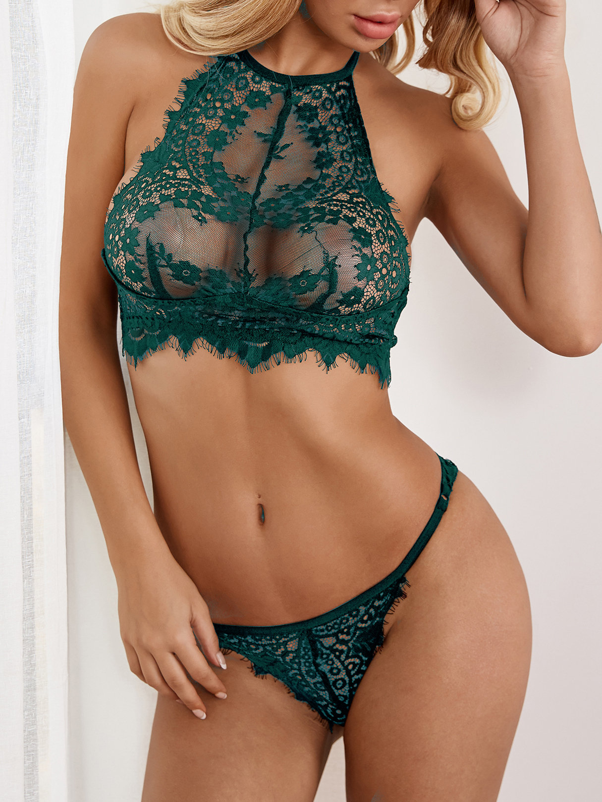 Green Sexy Delicate See-through Eyelash Trim Halter Lingerie Set without Stockings sexy black lace lingerie set with no falsies